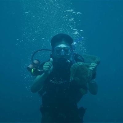 タイでダイビング&海洋環境保護 加治成就